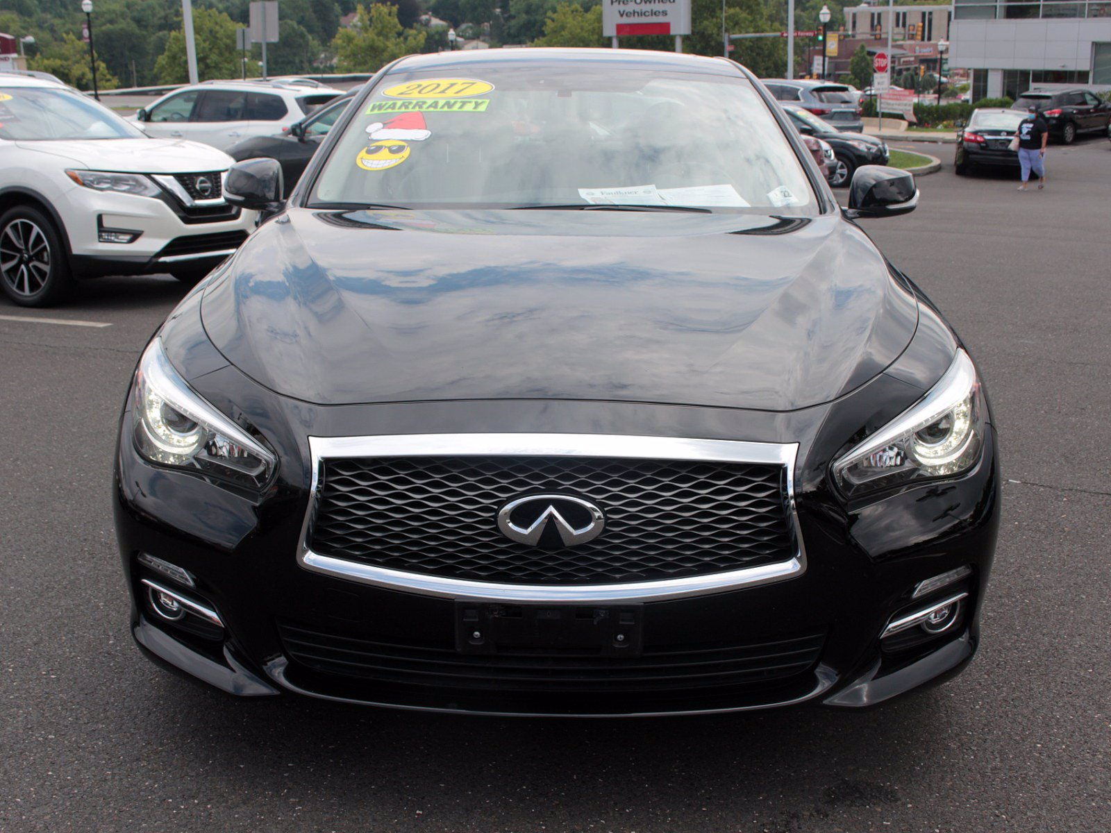 Pre-Owned 2017 INFINITI Q50 3.0t Signature Edition
